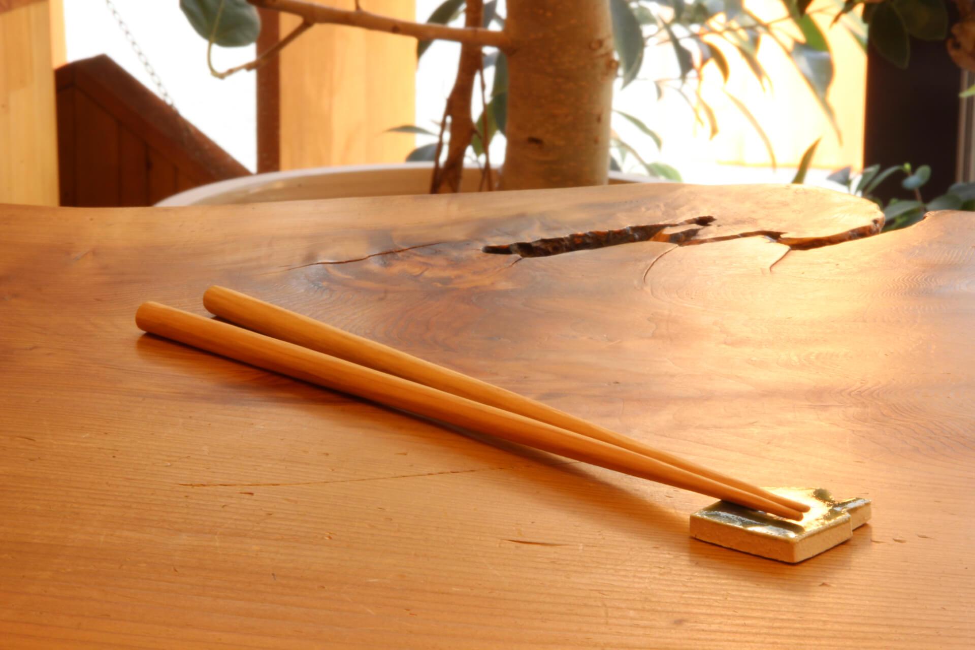 無垢の木でお箸をつくって夏まつりの流しそうめんに参加しよう!