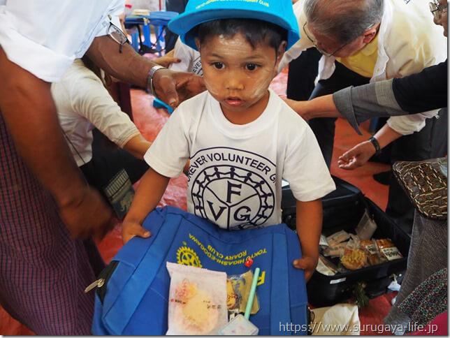 ご寄付のお願い!鉛筆やノートをミャンマーの子供たちに届けよう!