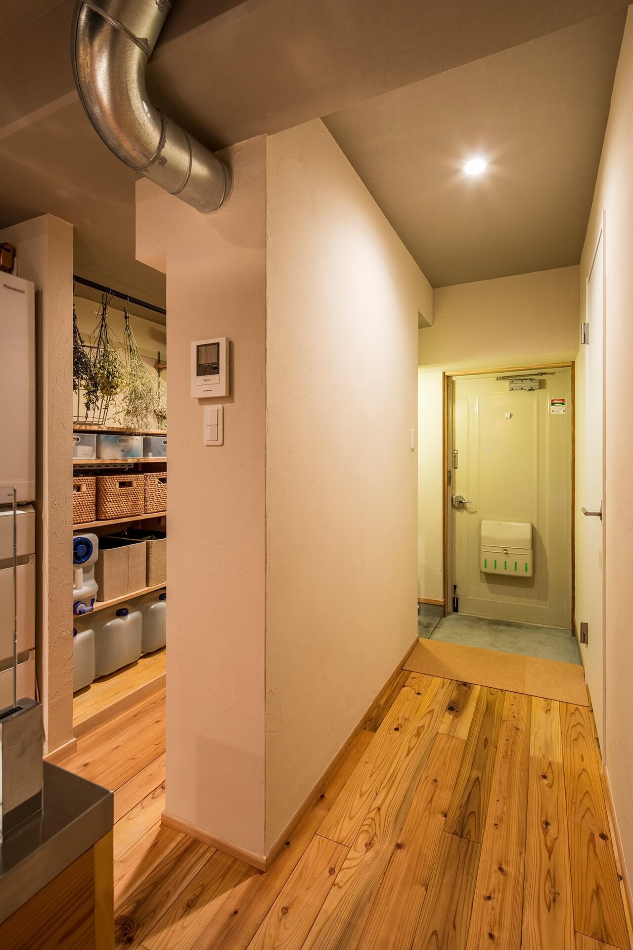 アイランドキッチンと広々 LDK の 暮らしを愉しむ家 | こだわりの自然素材・天然素材の注文住宅・リフォームの駿河屋