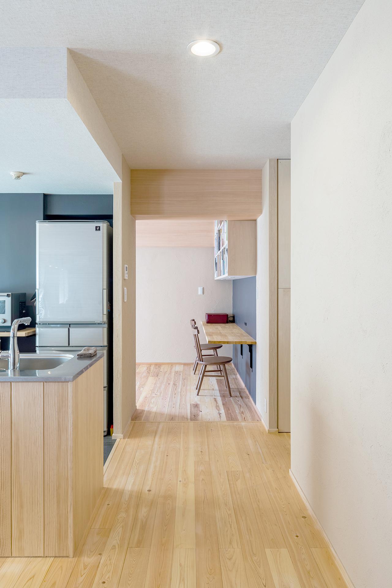 アイランドキッチンがつくるカフェスタイルの楽しい暮らし | こだわりの自然素材・天然素材の注文住宅・リノベーション(フルリフォーム)の駿河屋